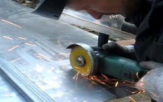Как правильно резать металл болгаркой, вырезать круглые отверстия, пилить трубы, обрезать профлист