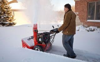 Самоходный бензиновый снегоуборщик. лопаты нам больше не нужны!