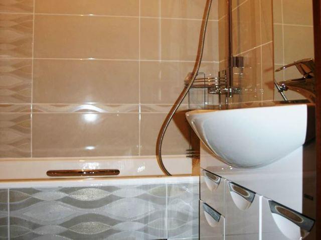 Какую затирку выбрать для плитки в ванной: виды, свойства смесей, критерии выбора