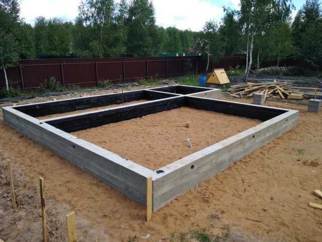 Продухи в фундаменте деревянного дома: где и как сделать