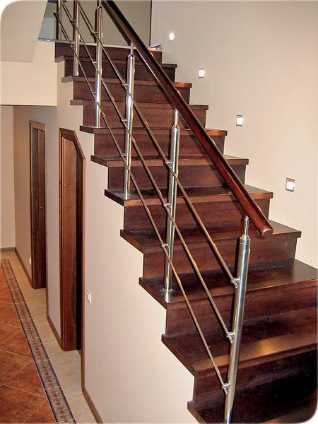 Как разместить бра на лестнице, осветить лестницу в частном доме, сделать освещение лестницы