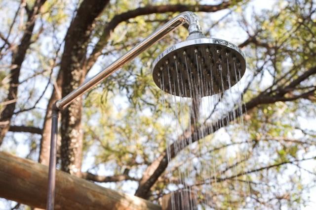 Как сделать душ на даче своими руками два возможных варианта