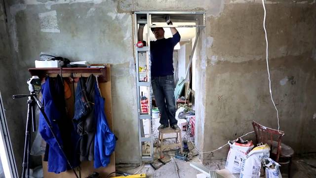 Как уменьшить дверной проем по ширине и высоте, с помощью бруса или гипсокартона