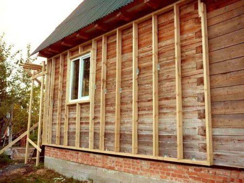 Как правильно утеплить дом из дерева снаружи под сайдинг: чем лучше, минватой или др