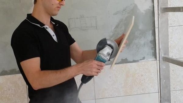 Как без пыли и сколов резать плитку и керамогранит болгаркой в домашних условиях