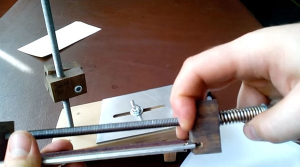 Приспособление для заточки ножей своими руками: виды и чертежи, инструкция