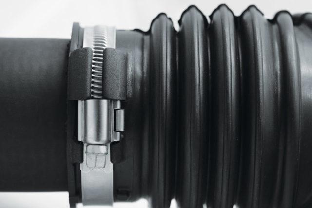 Хомут червячный для соединения трубопроводов и шлангов + видео