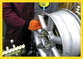 Правка литых дисков: стоит ли править колесные диски своими руками