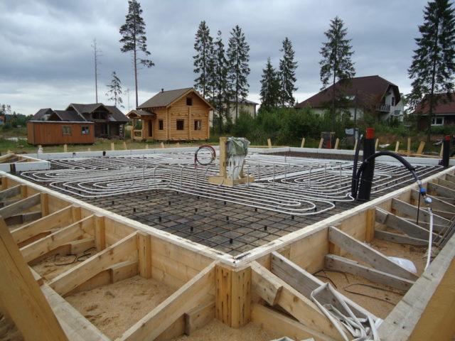 Фундамент шведская плита: технология строительства и особенности УШП