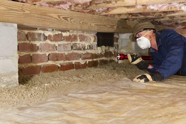 Утепление свайно-винтового фундамента деревянного дома снаружи: технология