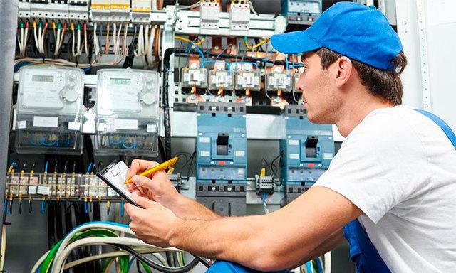 Счетчики электроэнергии: какой лучше выбрать для квартиры и частного дома