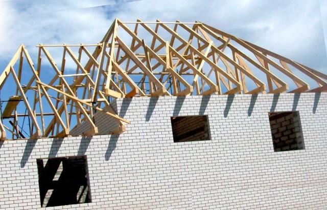 Устройство вальмовой крыши: конструкция стропильной системы и вентиляция холодного чердака четырехскатной крыши + чертежи и схемы